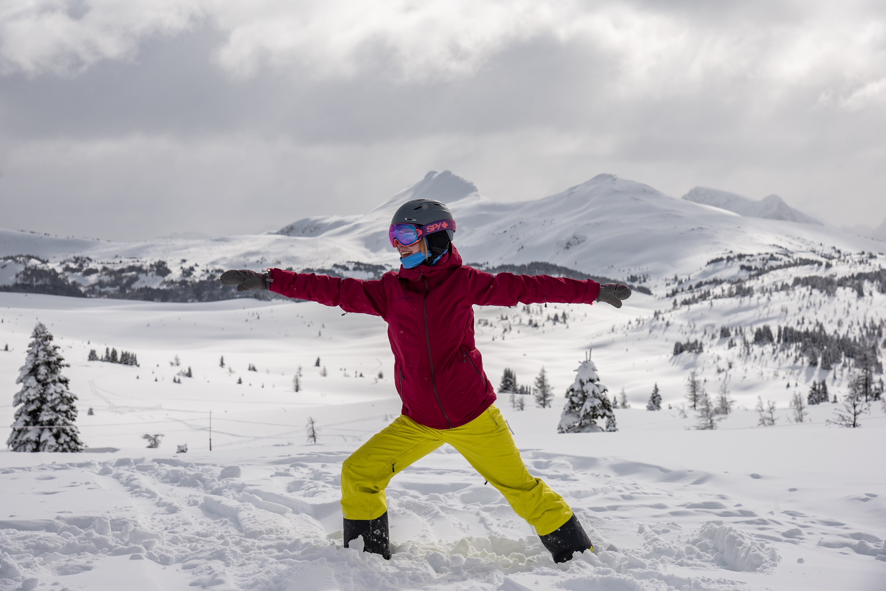 Stretch it Out and Recover Faster with Après Ski Yoga. Hero thumbnail