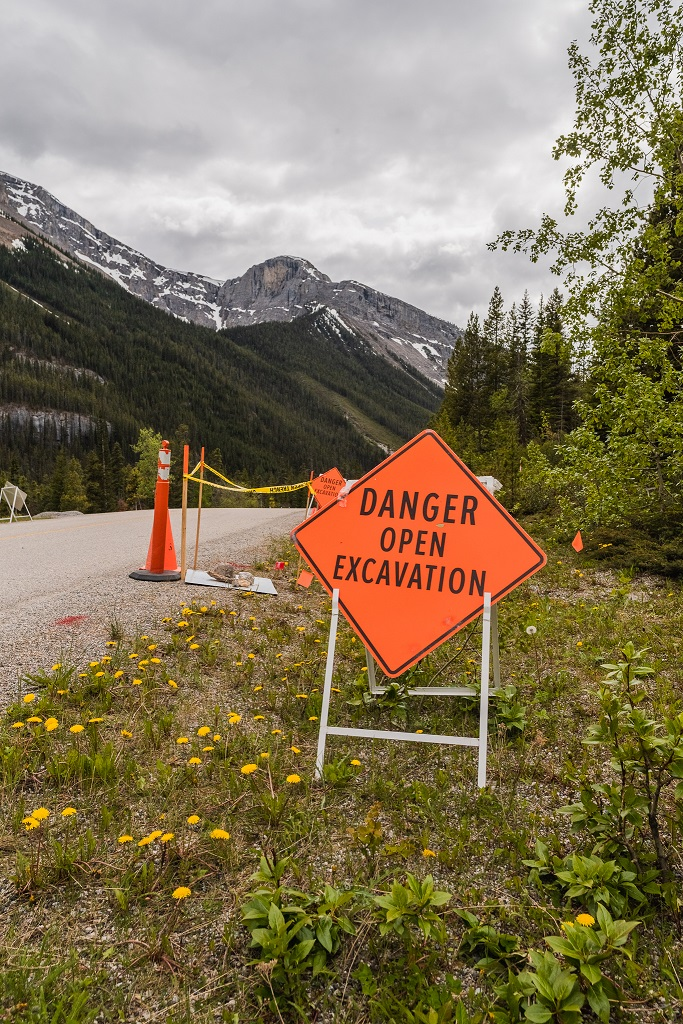 01 - JUNE 17TH, 2020 - CLOSED ACCESS ROAD, FIBER OPTIC CABLES, CLOSED GONDOLA 07.jpg